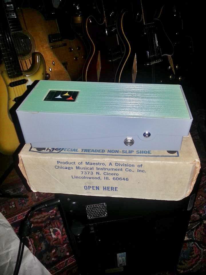Gibson Maestro Volume Wha Green Pedal - Buddy Black %